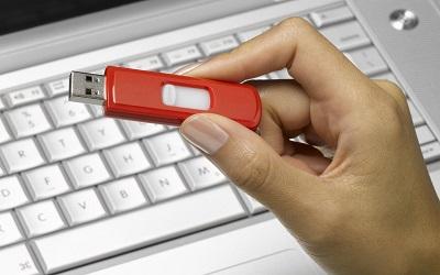 USB Belleklerde Yazma Koruma Hatasının Çözümü